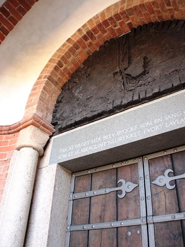 2015 Per Kirkeby og Jens Rosendals overligger Løgumkloster 0940_0.jpg