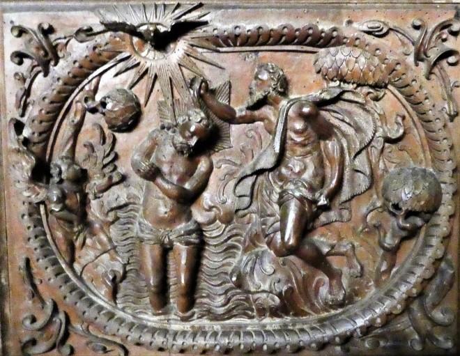 1637 Holckenhavn Kapel lille dåbsrelief Claus P1030837.jpg